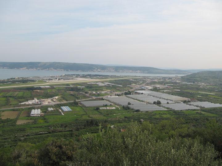 Poljoprivredno zemljište iznad zračne luke Split
