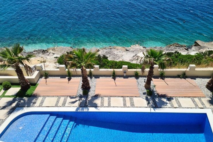 Adriatic Breeze - vila prvi red do mora